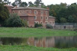 Le château de Glareins à Lapeyrouse