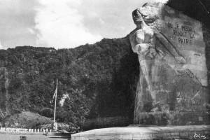Le monument du Val d'Enfer à Cerdon édifié à la mémoire des maquisards