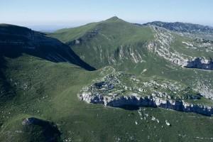 Le Reculet dont le sommet culmine à 1720 m.