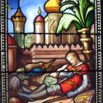 Les 2 vitraux installés en 1860 dans la tour de guet figurent les seigneurs de Bâgé partis en Terre Sainte pour les Croisades
